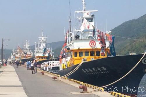 境水道で船団出港2012画像1