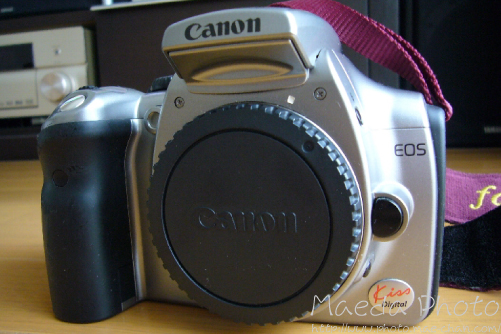 Canon EOS Kiss Digital前面画像