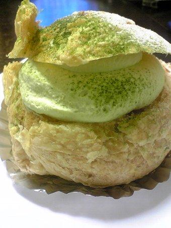 神戸カスタード倶楽部のシュークリーム画像4