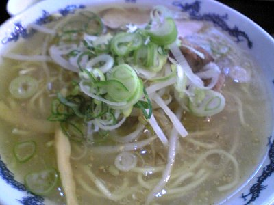 米子市らーめん満州味の塩ラーメン画像1