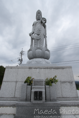 母塚山の観音さん2012画2