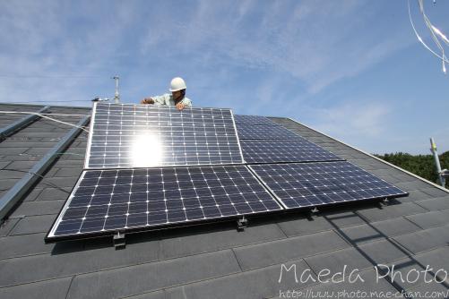 太陽光発電2012画像