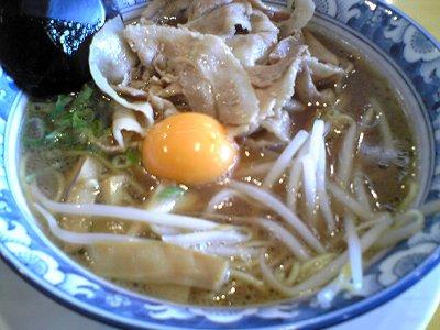 米子市ラーメンオールスターズ米子店の徳島ラーメン徳福の特性肉玉中華そば画像2
